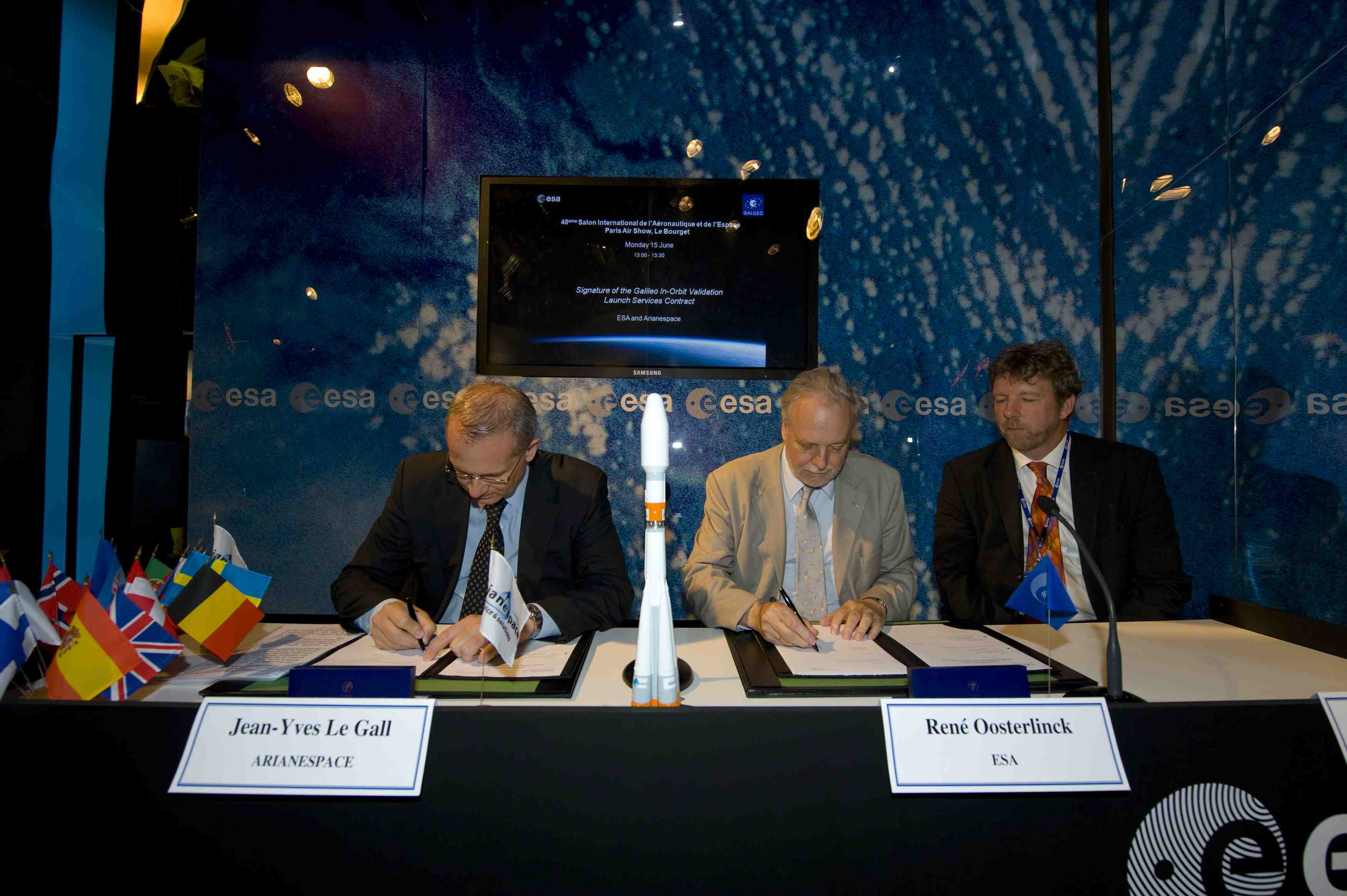 ESA Signs Galileo IOV Launch, FOC Satellite Contracts