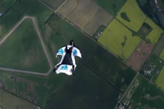 Wingsuit-500px1.jpg