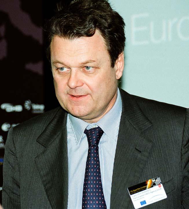European Commission GSA Sign Agreement on Galileo Service Provision