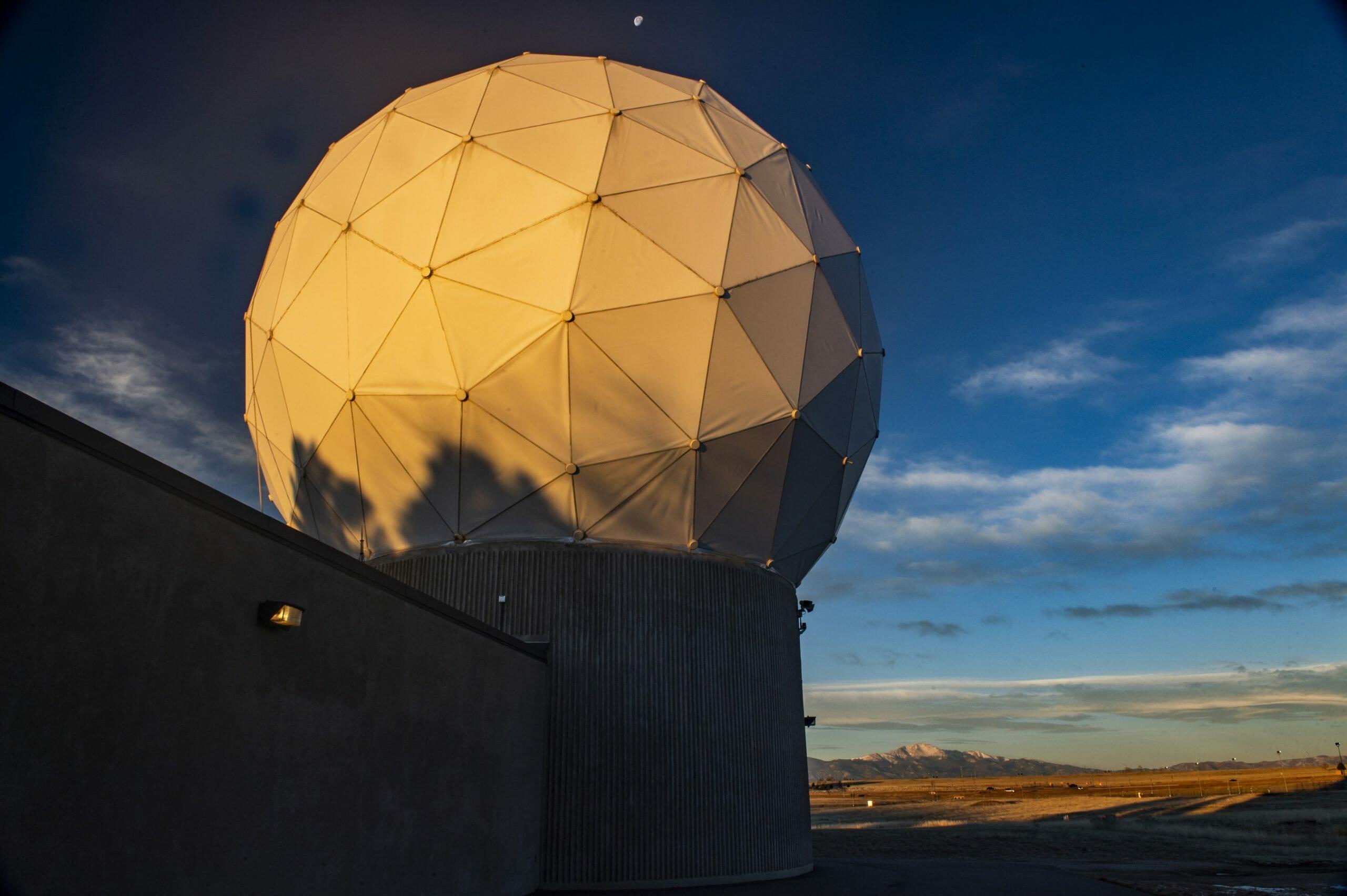 Ground-antenna